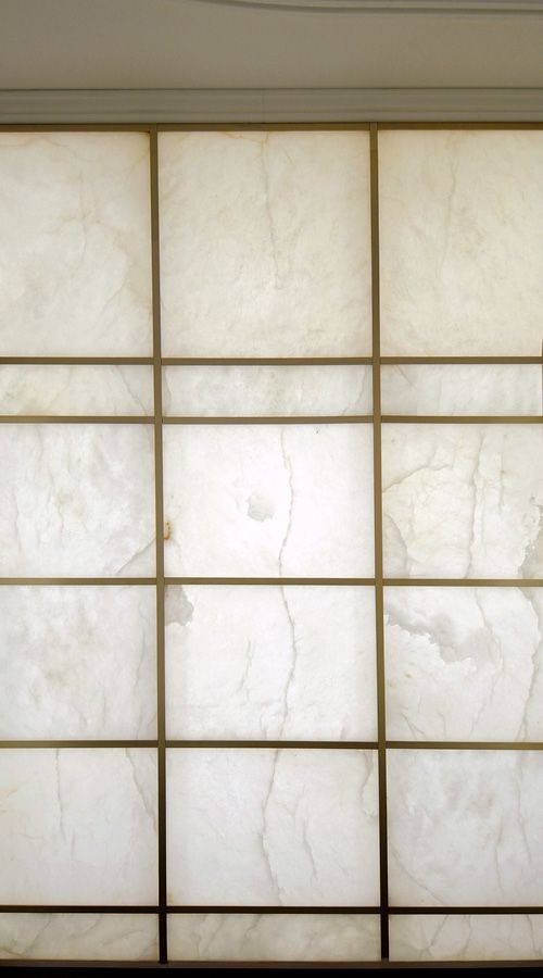 Alabaster Glass Panels : Concept solo alabaster element mounted on a