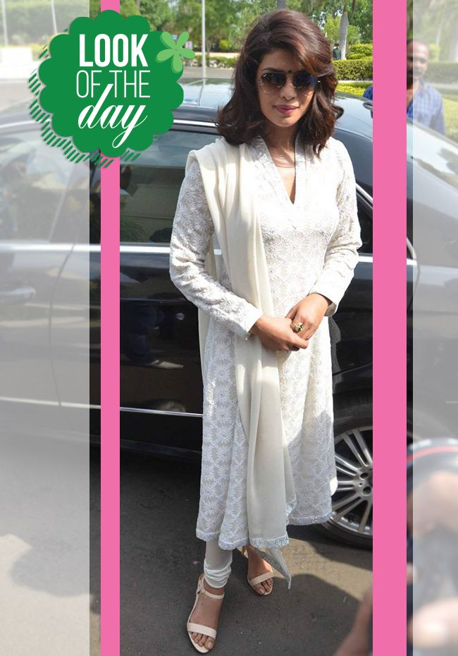 GET THE LOOK!! The always ravishing #PiggyChops aka #PriyankaChopra​ in an #Ethnic attire! She never fails to take our heart away! :D http://www.jabongworld.com/blog/get-the-look-priyanka-chopra-in-ethnic-avatar/?utm_source=ViralCurryOrganic&utm_medium=Pinterest&utm_campaign=JWBlogPC-24-july2015 #Fashion