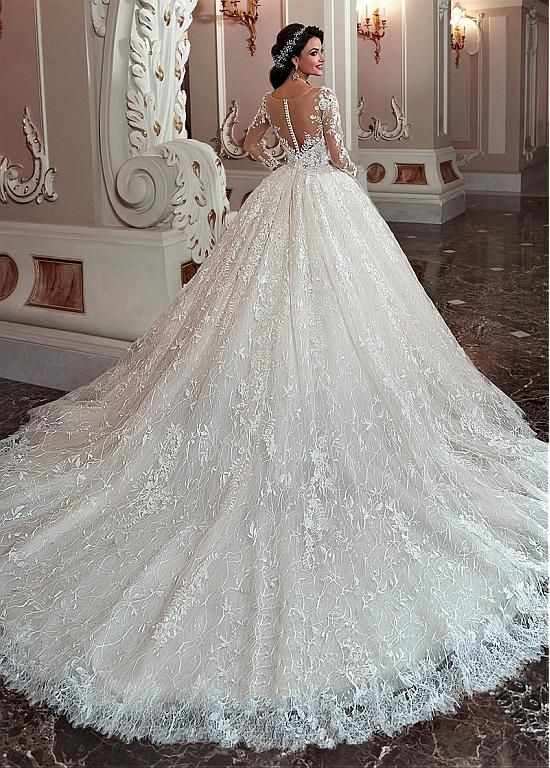 Magbridal Marvelous Lace & Tulle Scoop Neckline Ball Robe Marriage ceremony Gown With Lace Appliques & Beadings
