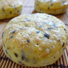 głodny alergik :): Bezglutenowe bułki dyniowe z czarnym sezamem (bez glutenu, mleka i jajek)