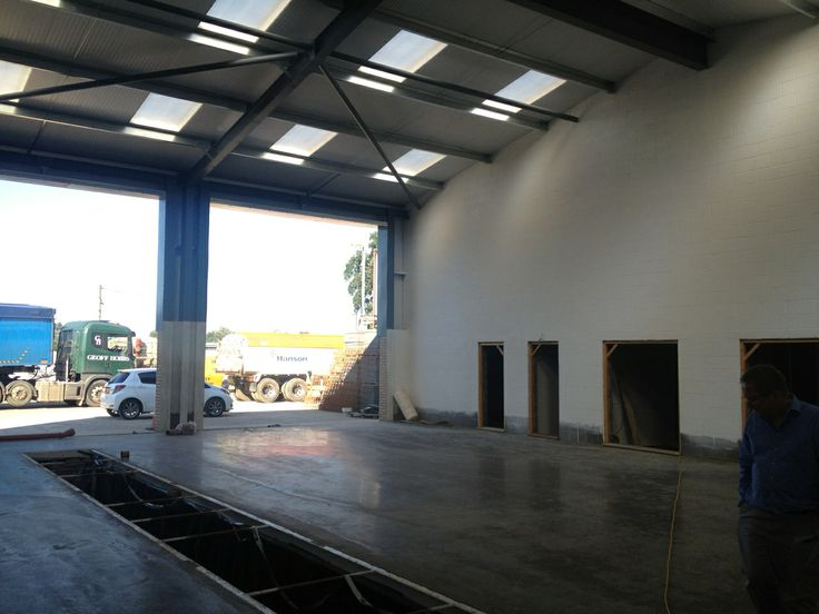 Quick visit to see work progressing on an HGV workshop and associated offices.