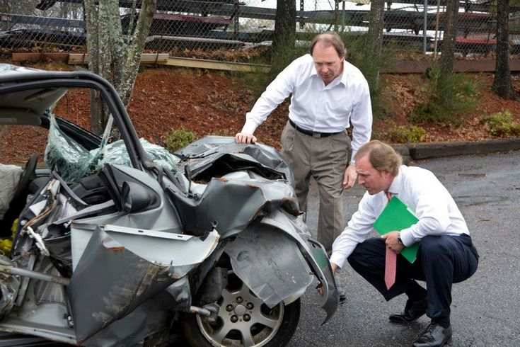 Find the best motor vehicle accident lawyer in Sydney who is able to guide you and also represent you when you present your case in court for getting the compensation. An experienced lawyer helps you to understand the big legal terms.