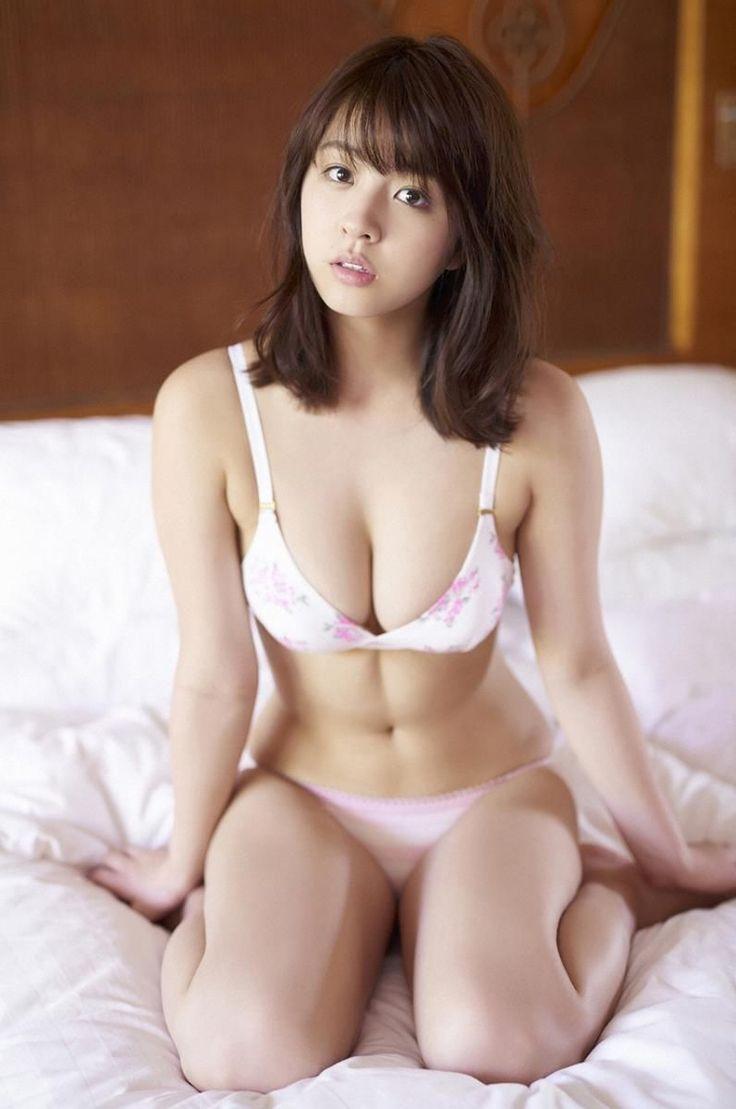 柳ゆり菜 yurina yanagi