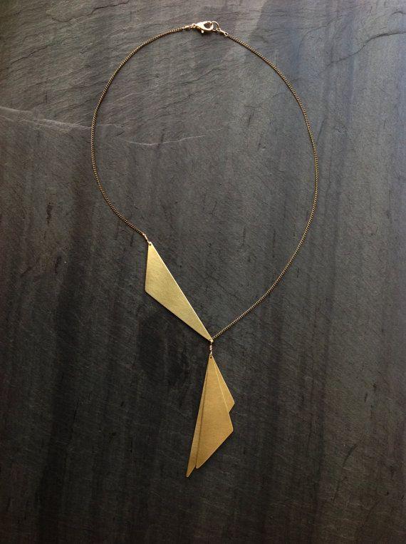 ~ In bloei ~ - door lus sieraden Featured, 3 hand knippen en geborsteld messing stukken, het maken van een prachtige kraag. Ook verkrijgbaar in de hand knippen / geborsteld solid Sterling Silver, messing, of een mix van beide metalen, met uw keuze van de dominante metaal. * Keten is delicaat messing, zoals aangegeven. ~ uw keuze van gesp ~ totale lengte - 18 ongeveer openen Hangers meet ongeveer (van klein naar groot) 2,25- 2,65 L op breedste punt. 75 Liever goud-vulling of Sterling...