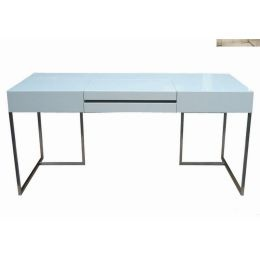 looking for high gloss white desk for my new office...i may have just found it! Mobital Oma desk.