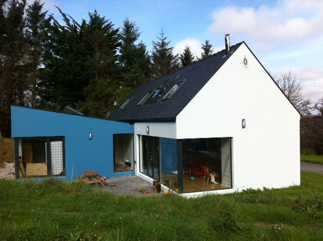 A high end architect design with low energy specification. This block built house was completed internally to turn key level with high levels of air tightness, HRV, solar domestic hot water and stove integration.