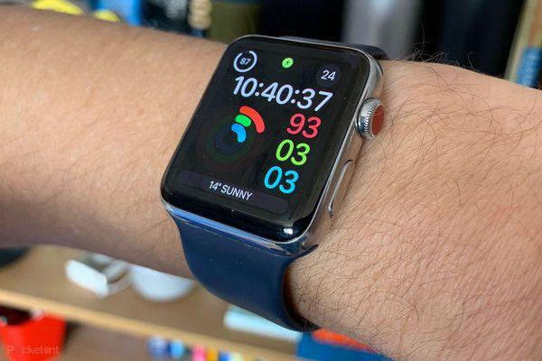 تعتبر ساعة آبل واتش الذكية واحدة من أهم الساعات الذكية المتوفرة في الأسواق و التي تلقى إقبالا كبيرا بسبب ال Apple Watch Apple Watch Features Apple Watch Series