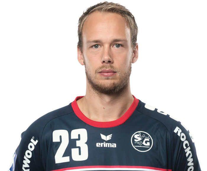 Henrik Toft Hansen wird mit Ablauf dieser Saison die SG Flensburg-Handewitt verlassen. Der 2 Meter große und 104 kg schwere Kreisläufer unterschrieb in diesen Tagen einen Zweijahres-Vertrag beim Champions-League-Teilnehmer Paris Saint-Germain Handball.
