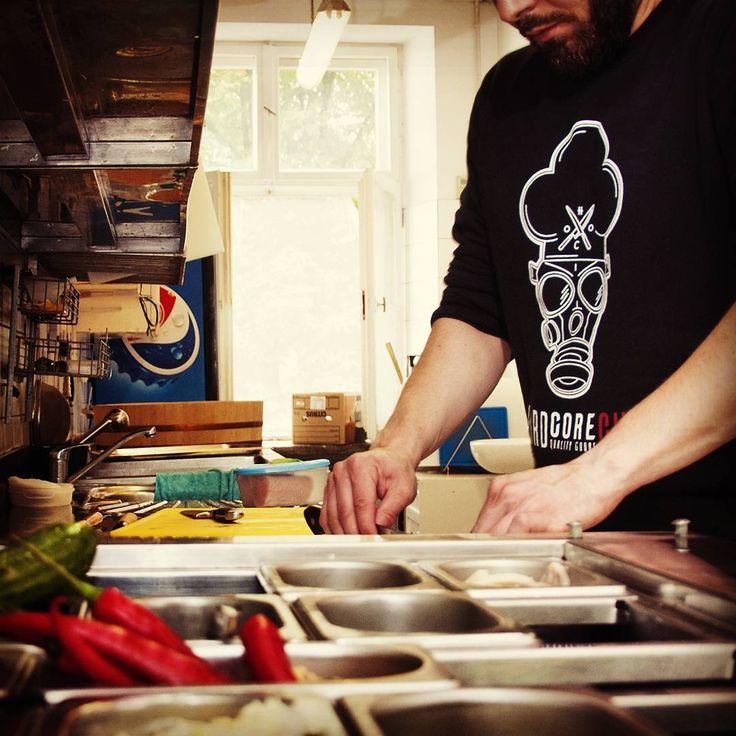 WALTER CREWNECK 👌🔪 LINK TO SHOP IN BIO!!! #hardcore #chef #hardcorechef…