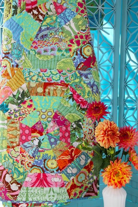 Amy Butler's Soul Blossom Fabrics with The Sunshine Quilt - FREE pattern