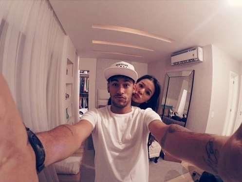 Ao que tudo indica, Neymar tem utilizado todas as 'armas' para reatar o namoro com Bruna Marquezine.... - Instagram