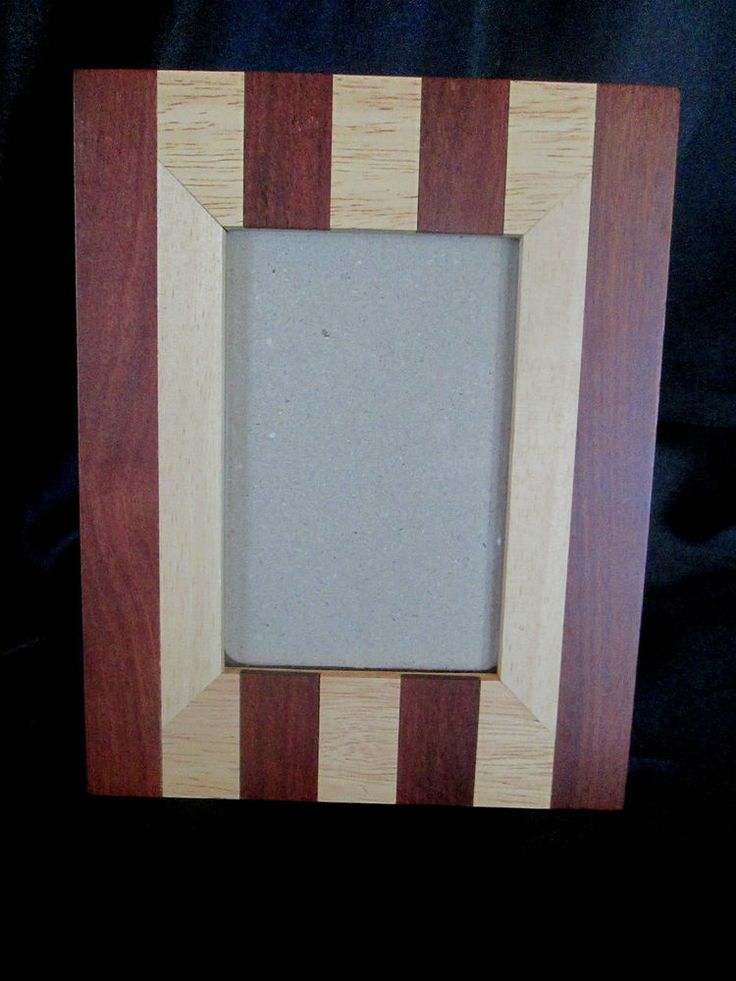 """TWO-TONED LAMINATED WOOD PICTURE FRAME - Holds 4"""" x 6"""" Photo $18.99"""