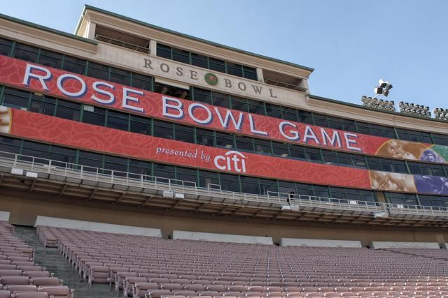 Get strategies and ideas for buying Rose Bowl tickets at face price or at a premium price through a ticket broker