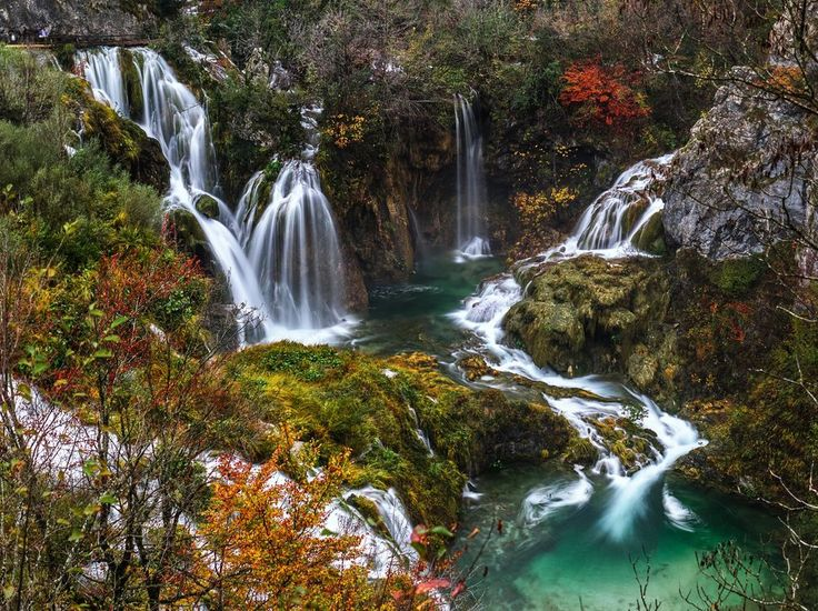 Maybe there is no Heaven on Earth, but the sure are peaces of it, and one of them is this amazing national park, Plitvice lakes. Taking breath away to millions of visitors every year with lots of waterfalls, perfectly clear lakes and forest.