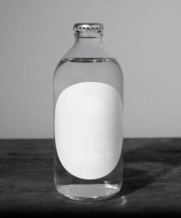 8 up label template - bottle with round label mock up blank packaging