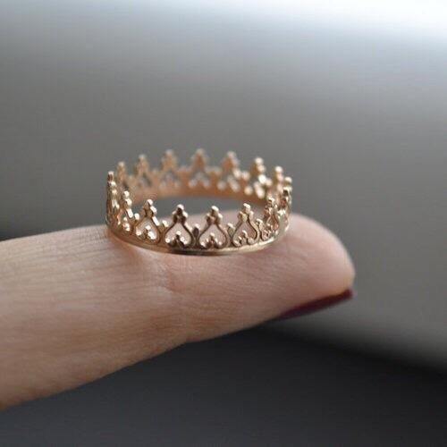 corona de anillos