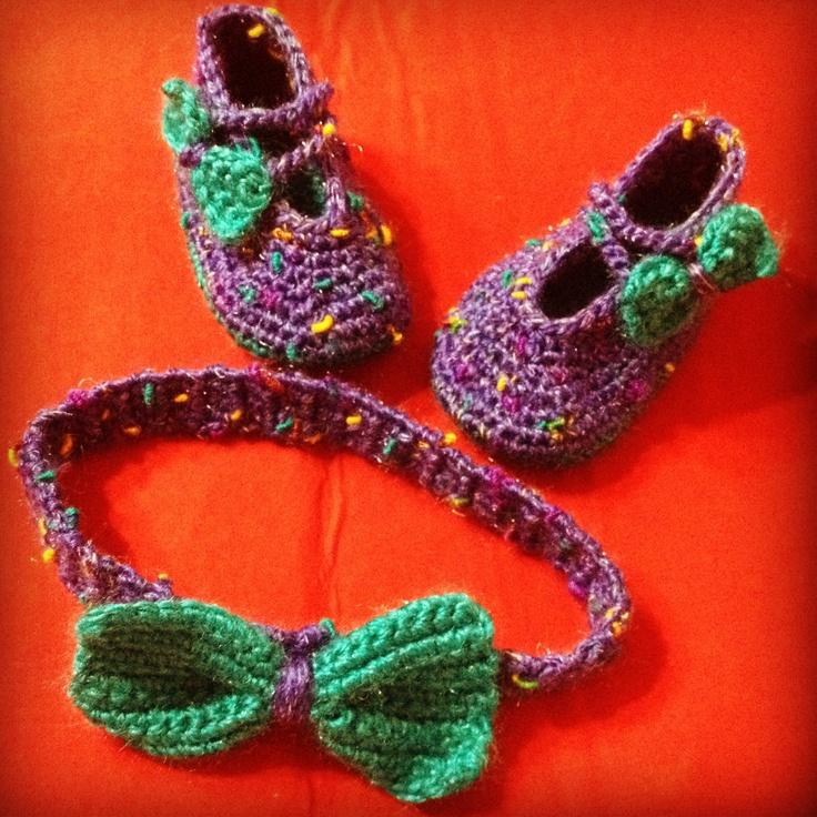 Zapatos y Cintillo para bebe.