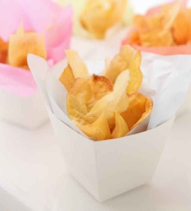 Crispy & Spicy Veggie Chips | Catersource