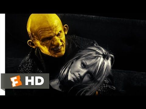 Sin City (10/12) Movie CLIP - That Yellow Bastard (2005) HD - YouTube