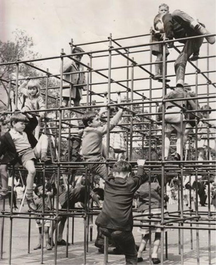 Children playing on monkey bars in the 1950s, when cuts and bruises were part of childhood. #1950s #A1950sChildhood  https://t.co/RVcoCWpcJF https://t.co/tauLw8RpAT
