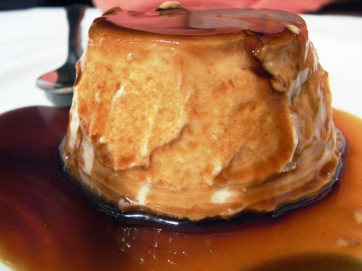 Imagen: commons.wikimedia.org   Vamos con este flan, diferente y buenísimo. En 10 minutos hecho   Necesitamos:   Caramelo líquido  1 litro...