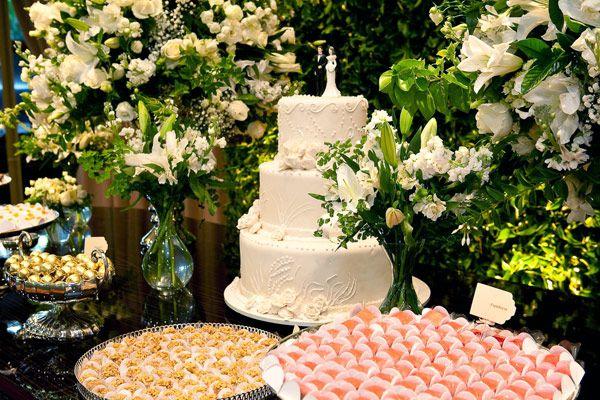 decoracao branca e verde casamento:Decoração branca e verde.