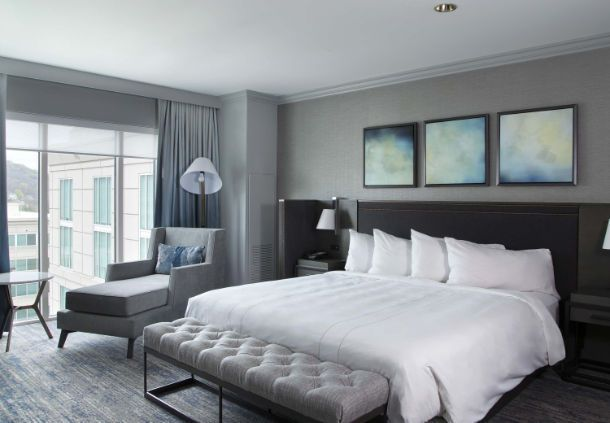 Franklin Marriott Cool Springs Concierge Level