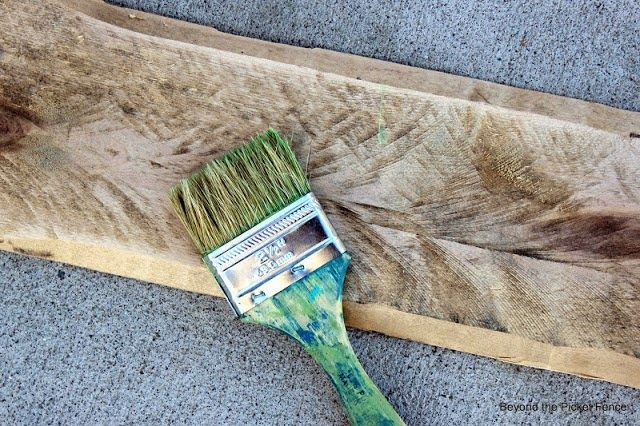 Beyond The Picket Fence: Paint Tutorial 2