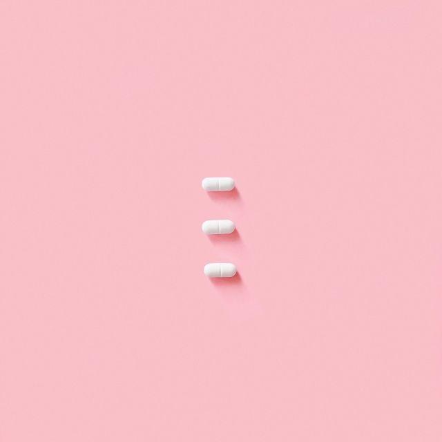 The Look: pretty little pills