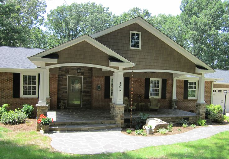 Best 25 brick siding ideas on pinterest faux stone - Exterior house color schemes with red brick ...