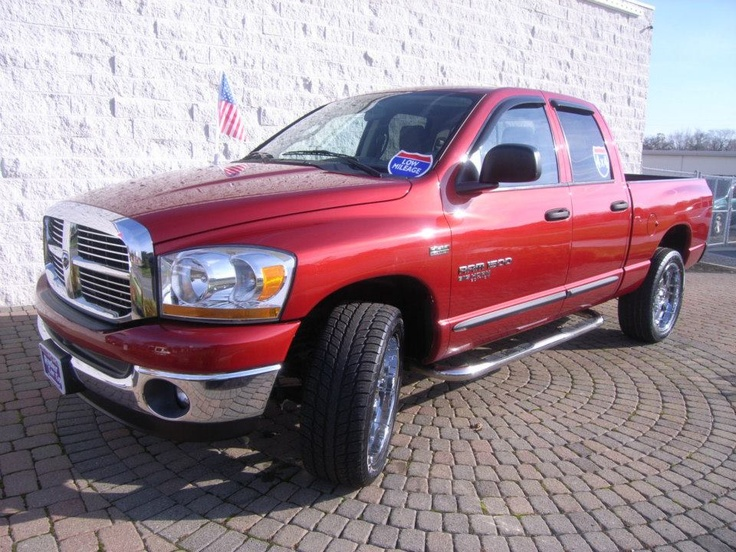 2006 dodge ram 1500 big horn edition loaded with all the extras we have 2 sets of wheels. Black Bedroom Furniture Sets. Home Design Ideas
