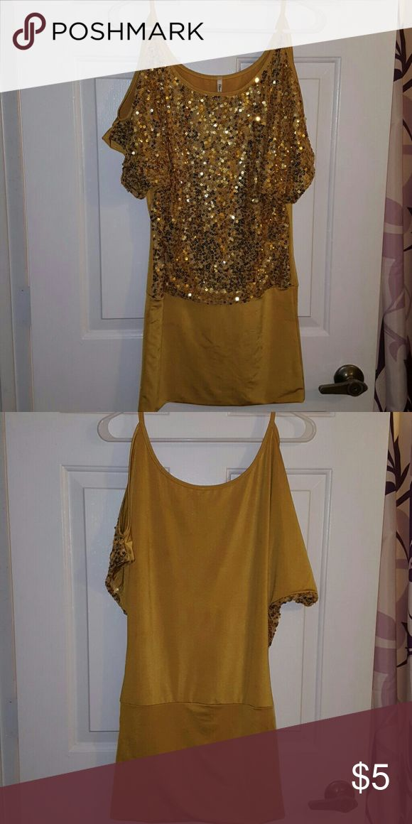 Flamingo Gold Mustard Yellow Sequin Dress M Flamingo brand, Size M, short sleeve dress with shoulder cut-outs. Gold sequins adorn the front. The rest is a satin-like shiny material. Poly and spandex blend. Lots of stretch. Great cocktail party dress! Length is slightly above knee. Flamingo Dresses