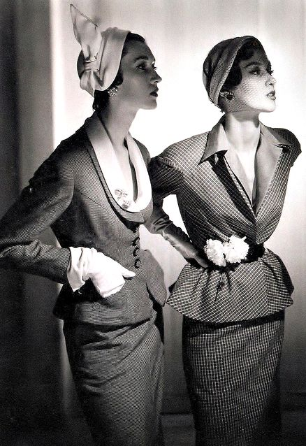 Dovima and Barbara Mullen ♥ 1950's