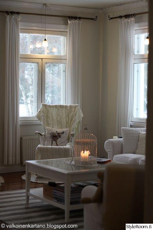 olohuone,valkoinen,joulu,sisustustyyny,olohuoneen sisustus
