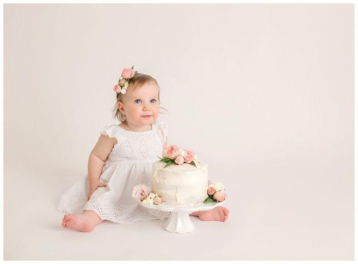 Adalayne – Cake Smash Photography – Victoria BC – Painted Barn Photography - Floral Cake Smash