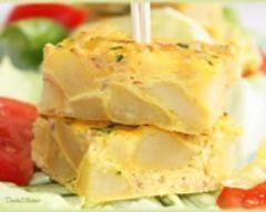 Carrés au thon façon tajine : http://www.cuisineaz.com/recettes/carres-au-thon-facon-tajine-57574.aspx