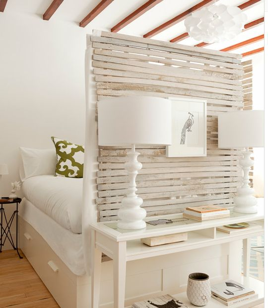 Shabby Chic Room Divider In Small Studio Apartment Http