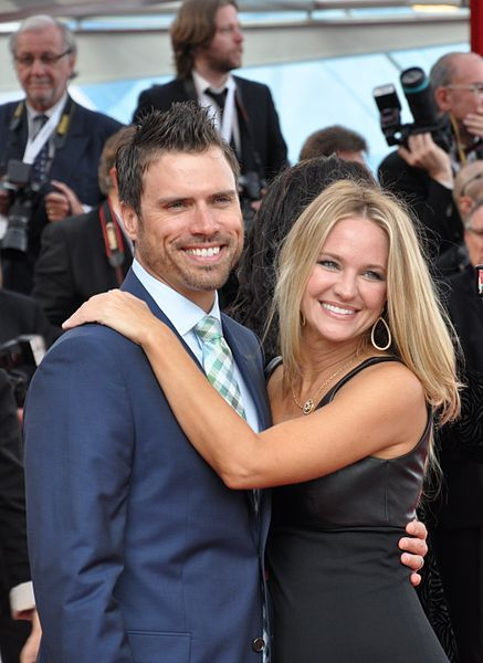 Joshua Morrow (Nick) and Sharon Case (Sharon) Y