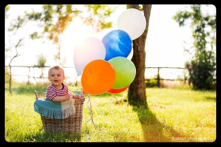 #baby #family #balloons #basket  #babyphotoshooting #park #sunnyday #babyphotography