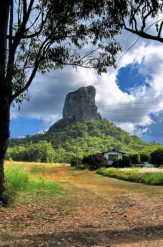 And the Glasshouse Mountains | 34 Reasons Australia Is The Most Beautiful Place On Earth