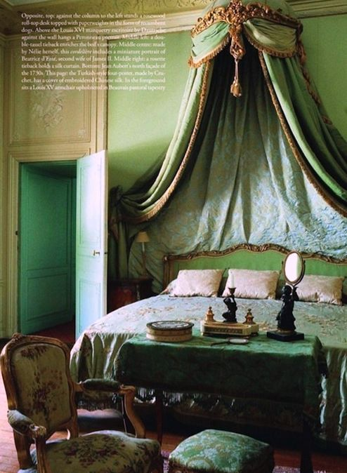 Historical interiors in the french neoclassical style for Emerald green bedroom ideas