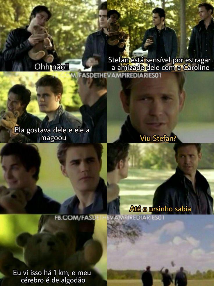 Kkkkk viu Stefan até o ursinho sabe (nessa cena ele não conseguia chutar o ursinho kkkk)