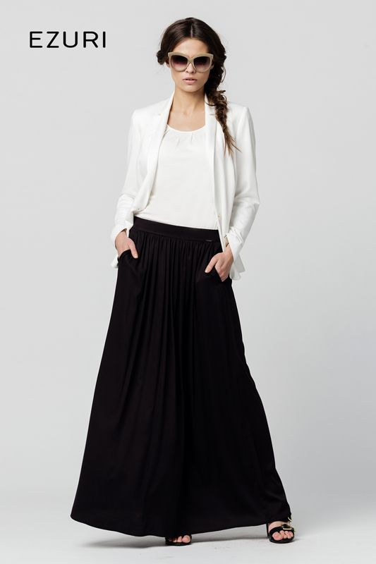 #EzuriPL #moda #fashion #glamour #beauty #women #kobieta #outfit #style #chic #longskirt #skirt #darkskirt