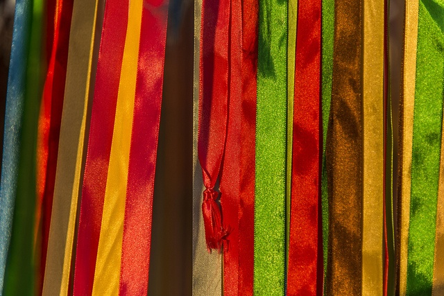 Ribbon by Keith McInnes Photography, via Flickr