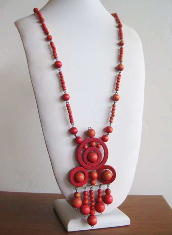 Vintage Aarikka Modernist Finland Red Wooden Ball Bead Pendant Necklace