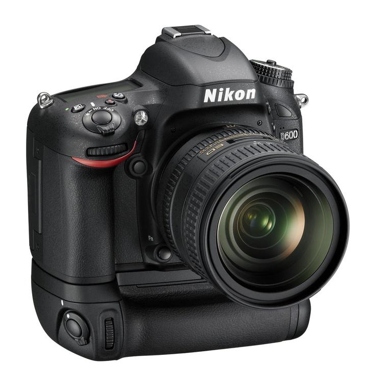 Nikon D600 MBD14