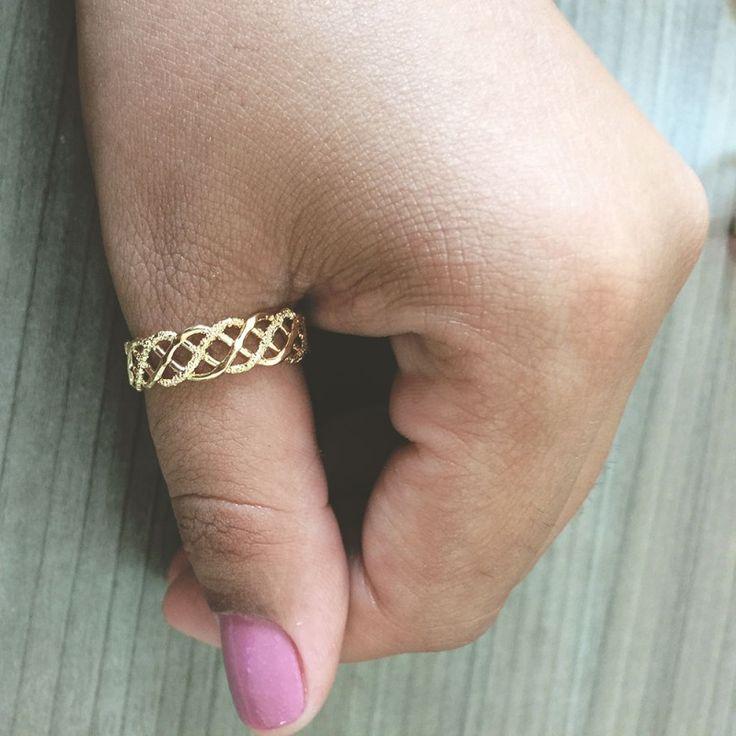 Anel design trançado folheado em ouro 18k - AN30B1714