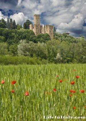 Castell'Arquato, Italy.  Like a Fairy Tale!