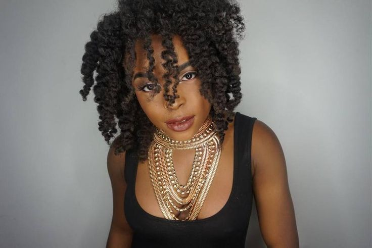 @avielleamor in 141618 afro coily clip ins styled with a twist out. Fab!  We sell 100% human hair meaning anything you do to your hair can be done to ours! But just like your hair our hair needs to be cared for. Head to kinkycurlyyaki.com