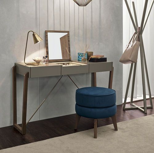 Contemporary dressing table / lacquered wood MILLA Vanguard Concept